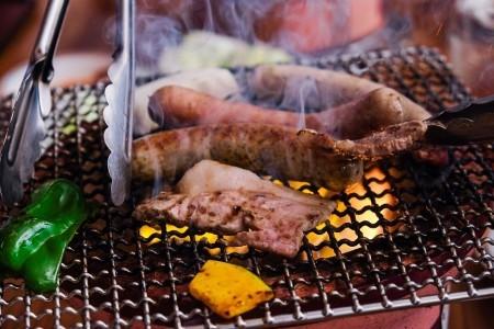 無塩漬ソーセージ:チューリンガー マジョラン入りの焼きソーセージ ドイツでも人気の腸詰のひとつ