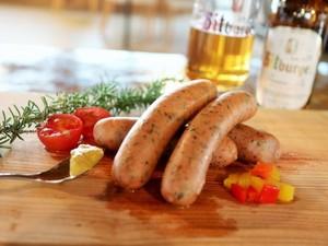 ベアラオホ ドイツのハーブ入り粗挽き 肉汁あふれるソーセージ